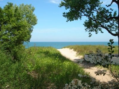 Path to the Lake Michigan