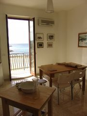 Mola di Bari apartment photo - kitchen and dining room