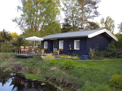Bothe's cottage on the ponds at the Rand Nature Park South Heath, family-friendly