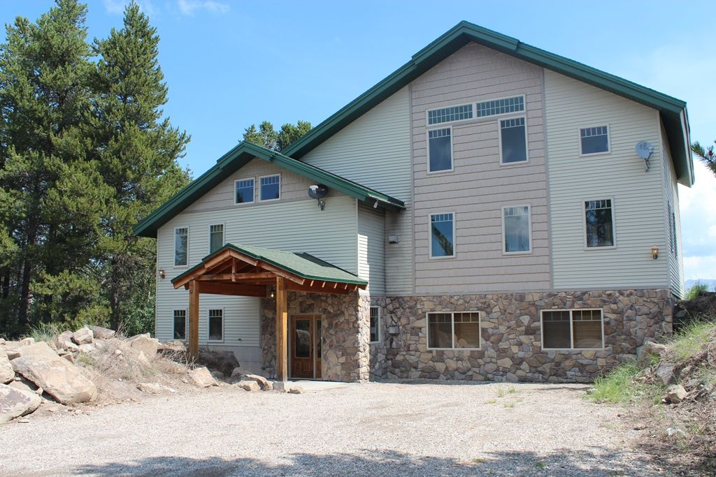 This 10 Bedroom  8 Bathroom Lodge Sleeps 40 is Minutes from Yellowstone Park