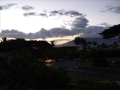 Sunset- Quiet and Privacy at Maui Kamaole