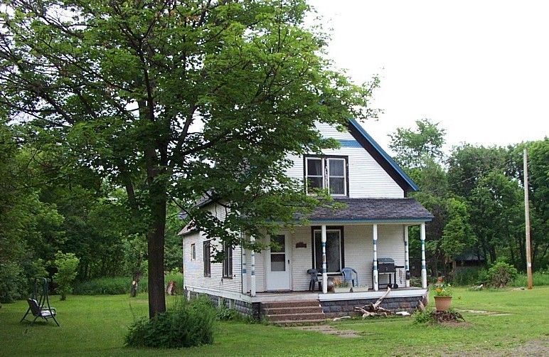Noochie's Nest: 3-Bedrooms, CLEAN, Comfortable, Close to beaches, PETS WELCOME!