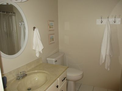 Fort Myers Beach condo rental - 1st floor Master Bathroom