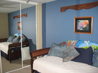 Polynesian day-bed w 2 Top Grade Twin Mattresses - Waikoloa Beach Resort villa vacation rental photo