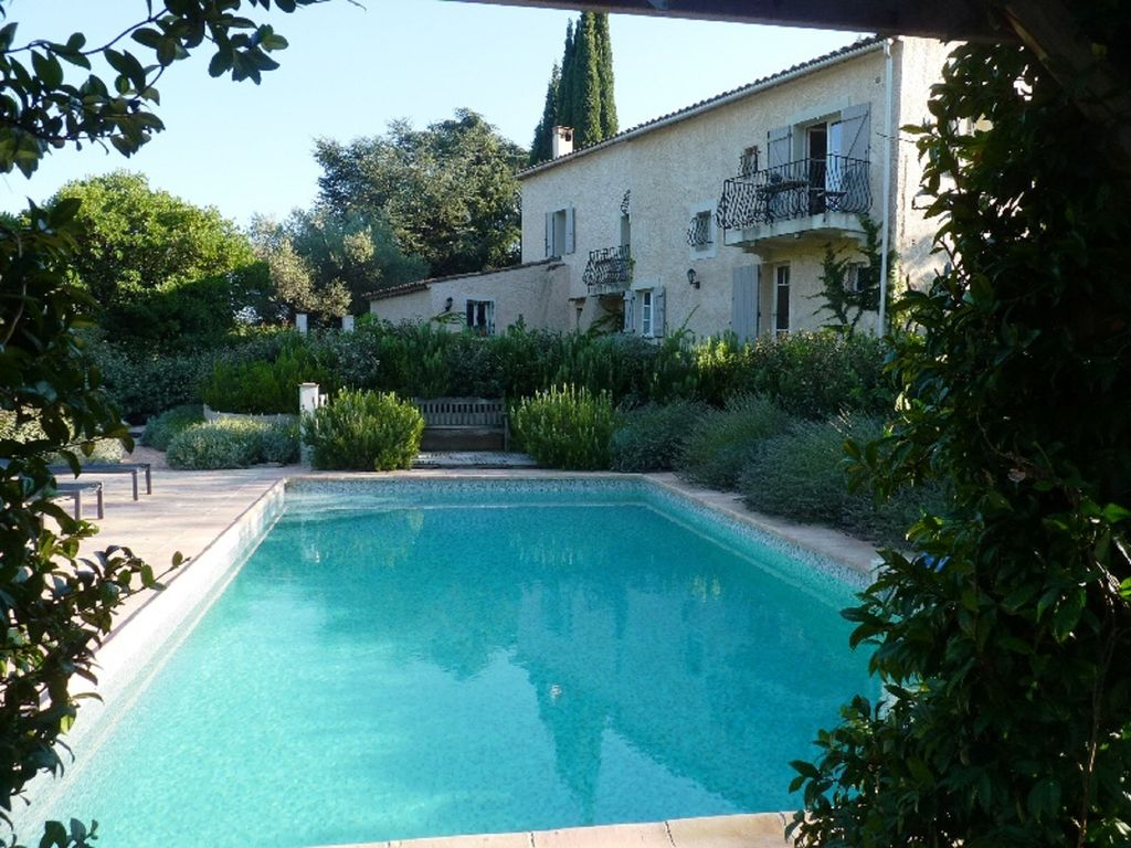 PEACEFUL FORMER FARMHOUSE, FULL OF CHARACTER, POOL, 5 MINUTES DRIVE TO VILLAGE