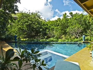 Kailua house photo - Six person spa built into the pool