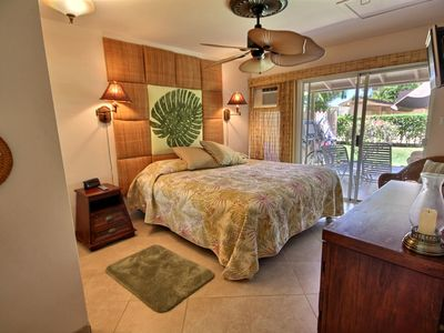 Hawaiiana Master Bedroom