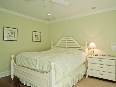 2nd Floor - Master Bedroom with King with en-suite bathroom