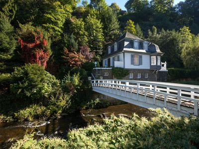 "Villa ""live"" with private bridge, pavilion, Park, Single location in Monschau"