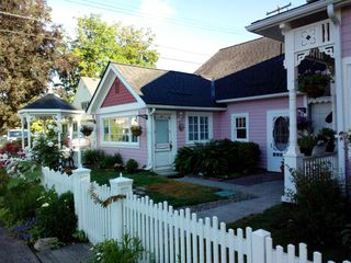 Charming Victorian Carriage House Vrbo