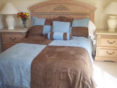 Orange Tree house rental - Ensuite Master with new queen sized bed.