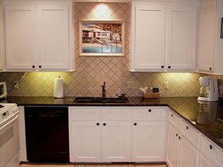 Kiawah Island house photo - Newly remodeled kitchen with mural