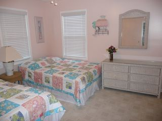 Crescent Beach house photo - Bedroom with 2 double beds