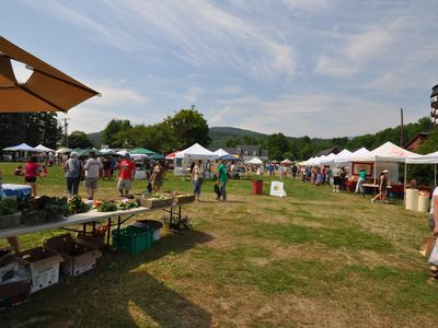 Farmers market in Waitsfield only minutes from our place at Battleground's.