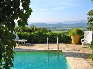 Gordes house photo - A peak of sweeping view over pool.