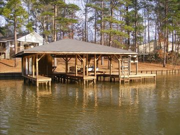 Lake Sinclair house rental - fishing, boating, swimming, water sports-- room for it all!
