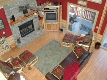 Lake Nantahala chalet rental - Living Room