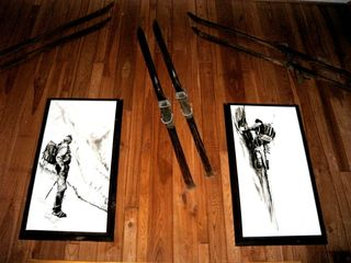 Copper Mountain condo photo - Antique skis and original art decorate living area