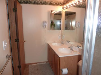 Seven Springs condo rental - Master bathroom.