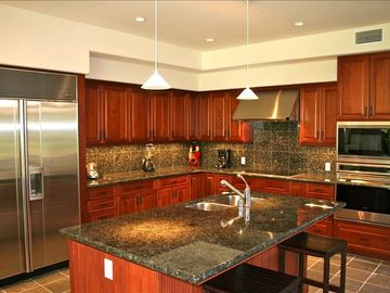 Huge gourmet kitchen with top of the line appliances & everything you need.