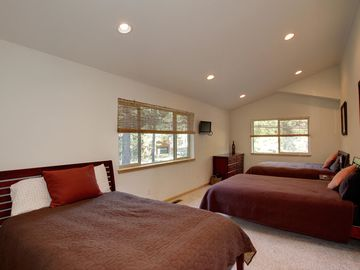 South Lake Tahoe LODGE Rental Picture