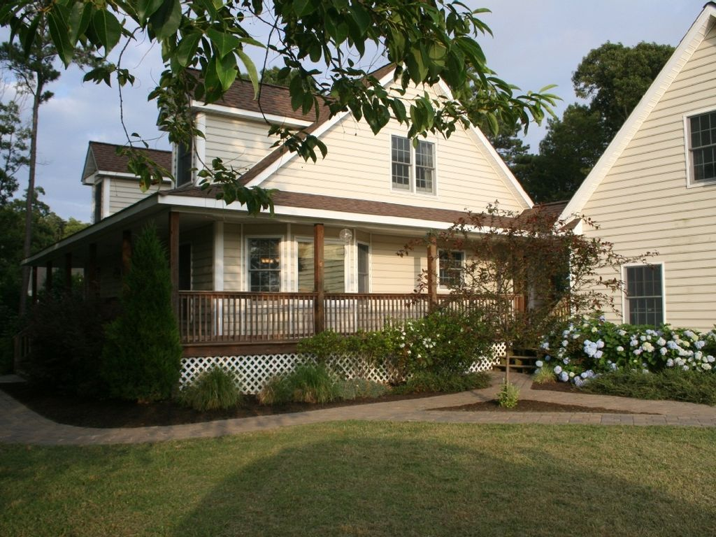 Cape Charles House Rental Cottage With Private Swimming Pool Hot Tub 5 Minute Walk To Beach