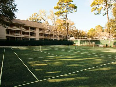 10 Har Tru Clay Tennis Courts- free tennis- great courts! Just reserve your time