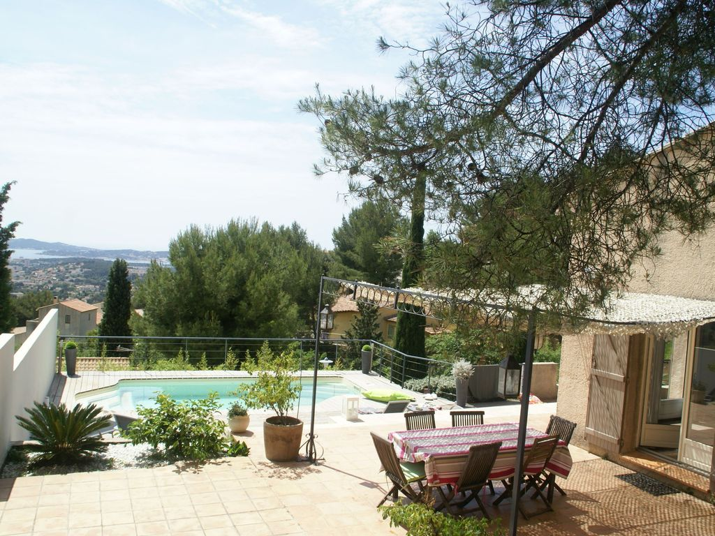 Air-conditioned accommodation, 140 square meters, great guest reviews