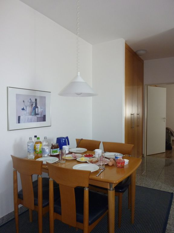 Family friendly, comfortable apartment, 3 minutes walk to the center and beach
