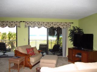 Comfortable furniture in Great Room - Cocoa Beach condo vacation rental photo