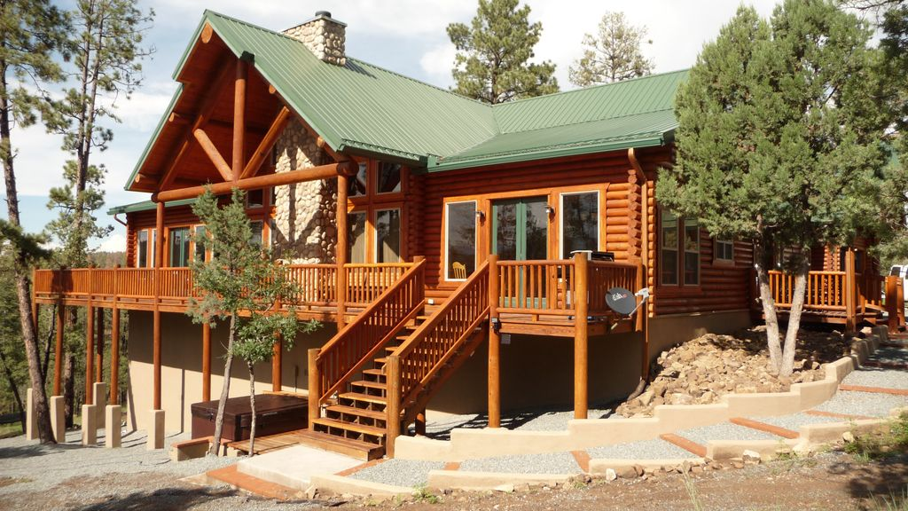 Premium mountain retreat on over 2 acres with vrbo for 6 bedroom cabins in ruidoso nm