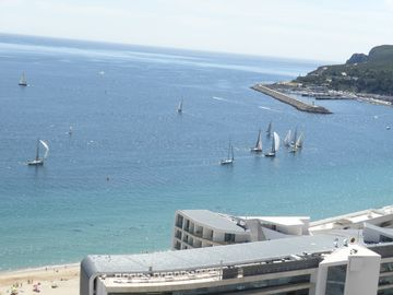 Sesimbra apartment rental - Sesimbra Bay: only five minutes walking down from home to there