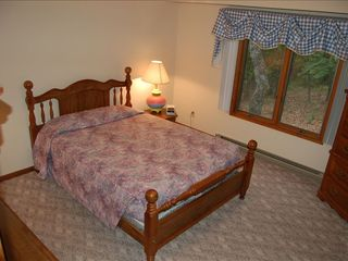 Massanutten house photo - Master bedroom with Queen bed and TV