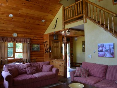 Windham cabin rental - LIVING ROOM