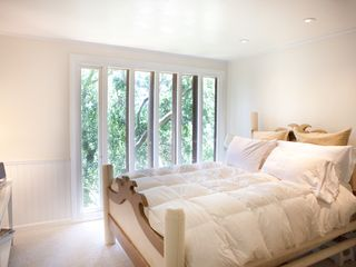 Sausalito house photo - Queen size bed