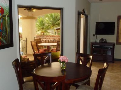 Jaco condo rental - A table with a view? No problem...inside or patio?