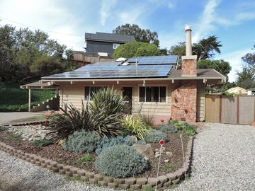 Watsonville house rental - Our Zero Net Carbon House (We make more electricity than we use)