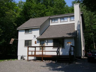 Arrowhead Lake house rental - Paw Prints in the Poconos