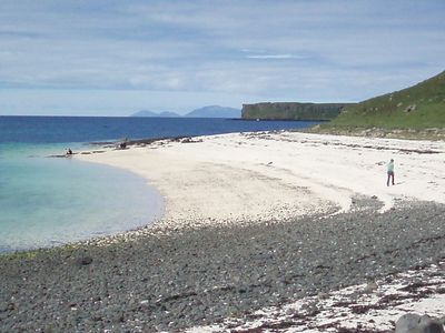 Coral Bay, Dunvegan