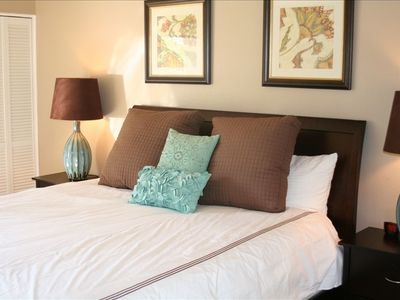"ALL NEW SUPER COMFY KING BED IN MASTER--WITH 32"" LCD FLAT PANEL TV!"