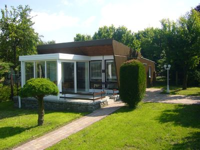 bungalow with wintergarden, terrace, barbeque area, parking space, pet welcome