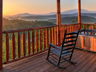 Pigeon Forge cabin photo - Magical Moose at Sunset