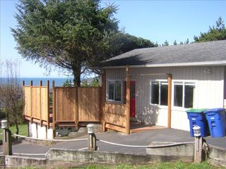 Lincoln City cottage photo - Romance by the Sea