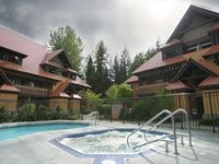 Whistler Village location, free parking and internet, pool and hot tub access