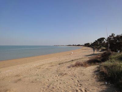 Family house 10 P, bright and quiet, sea view, 350m from a sandy beach