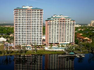 Lake Buena Vista condo photo - Rear balcony facing directly on to Lake Bryan!