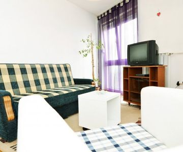Apartment Flores II - one bedroom, fully equipped, free parking