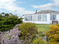 SILVERDALE, family friendly, with a garden in Roa Island, Ref 1383