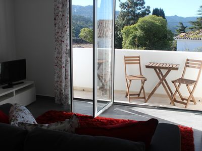 White Apartment with Sintra Palace view