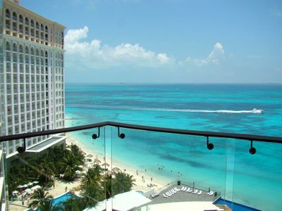 Luxury Beachfront Cancun Condo With Spectacular Views